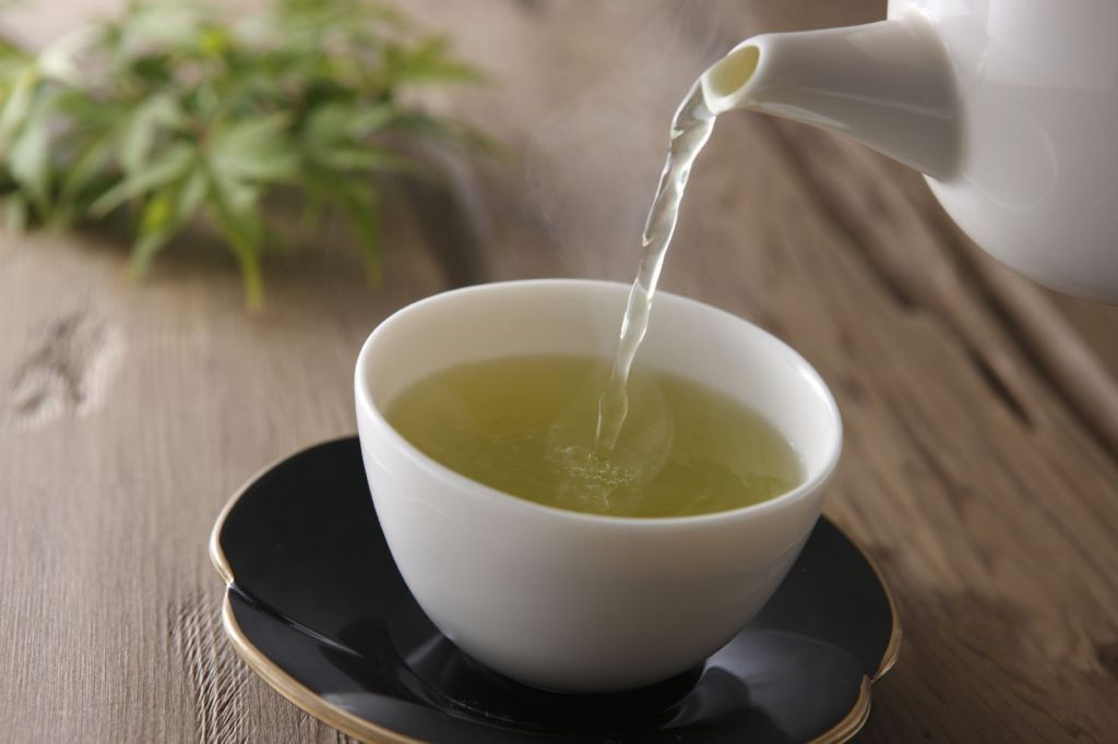 Top Foods to Keep your Immune System Strong Green-tea-pouring-cup